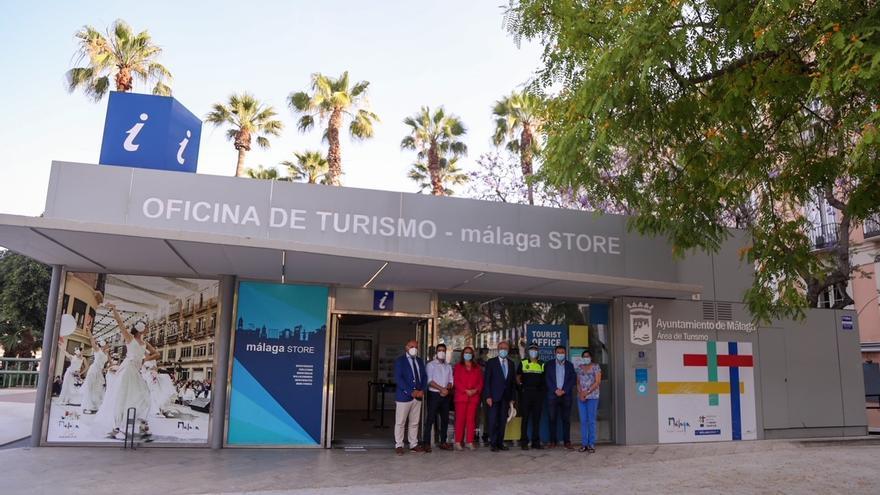 La oficina de turismo de la plaza de la Marina retoma la atención presencial