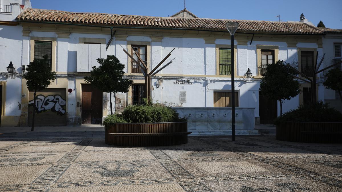 Casas donde el Ayuntamiento tenía previsto intervenir en la plaza de San Agustín.