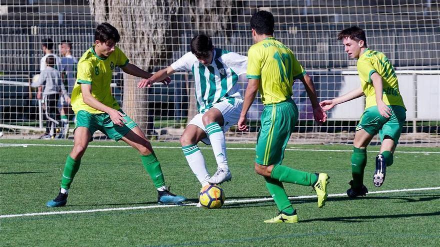 El Córdoba juvenil abandona la zona de descenso