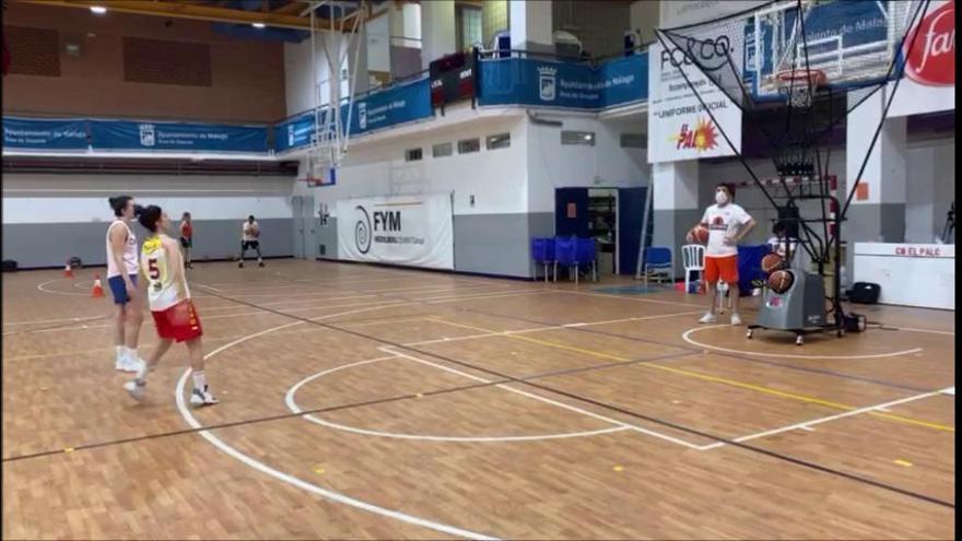 Gema García y María Torreblanca entrenan los triples