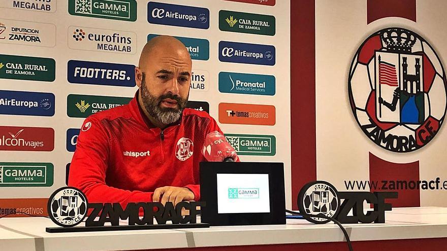 """David Movilla, técnico del Zamora CF: """"Ante el Compostela, no nos jugamos más que el orgullo"""""""