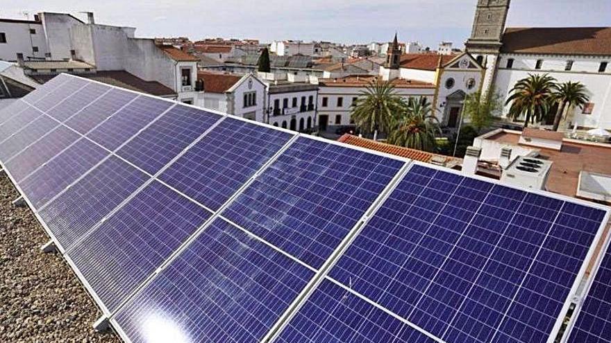 Placas solares en el Conservatorio de Pozoblanco