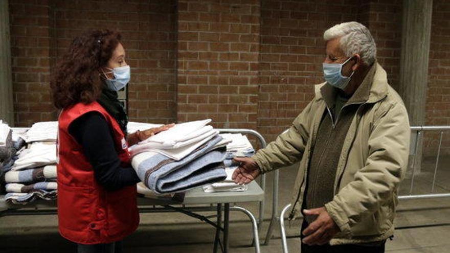 Creu Roja reforça l'atenció a les persones sense llar per l'onada de fred