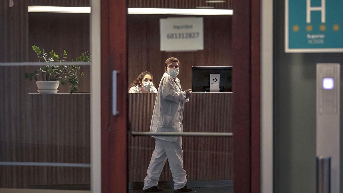 El 93% de los contagios activos mallorquines, 2.929 de 3.145, son tratados en sus domicilios