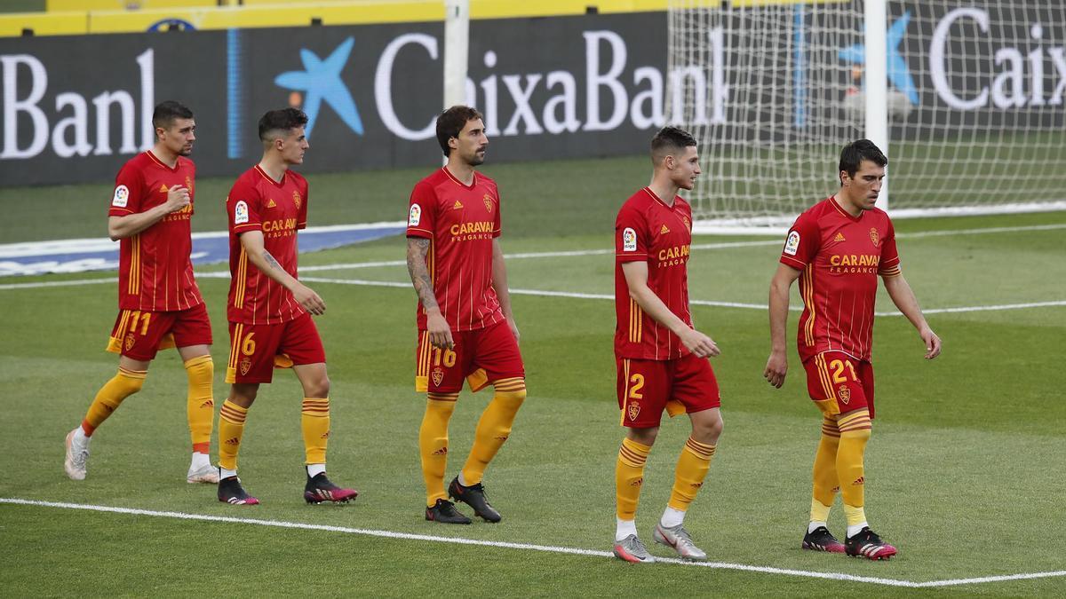 Zapater, decisivo en el tramo clave de la temporada, comanda la salida del equipo en el partido contra Las Palmas.