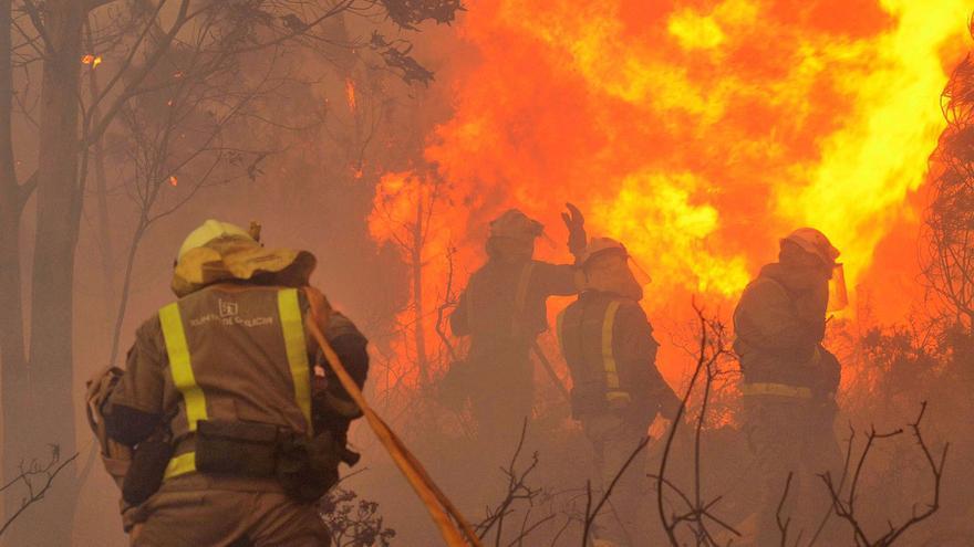 La Xunta planea crear cinco brigadas de élite para actuar en incendios de máximo riesgo