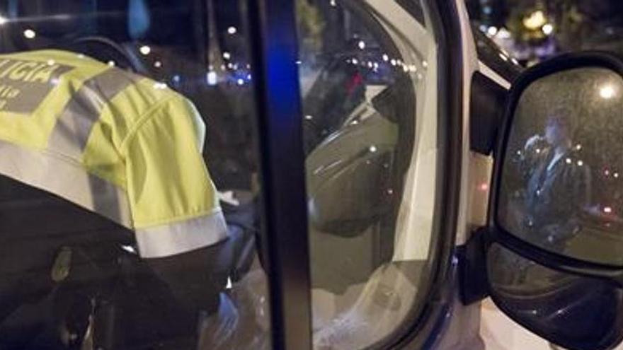 Un conductor dona positiu en totes les drogues a Barcelona
