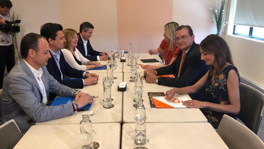 Arrancan las negociaciones entre PP y Cs en Murcia