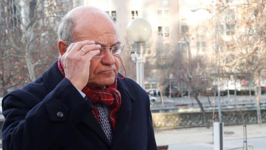 Díaz Ferrán pacta 10 meses de cárcel por Balèaria a la espera de la vista