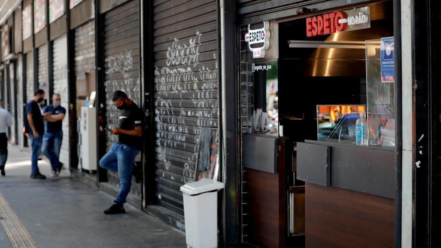 El INE modera dos décimas la caída del PIB en 2020, hasta el 10,8 %