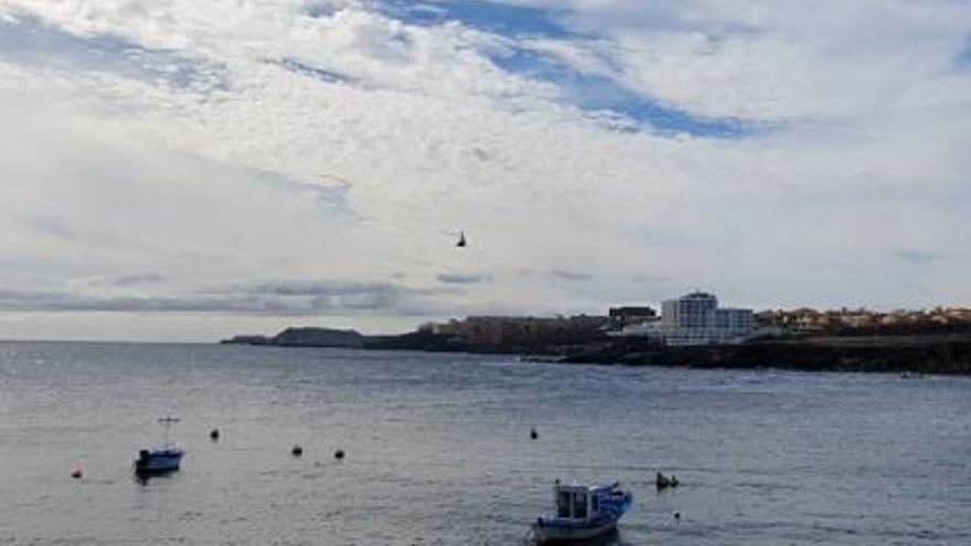 Rescatados cuatro niños tras volcar una moto náutica en Los Abrigos