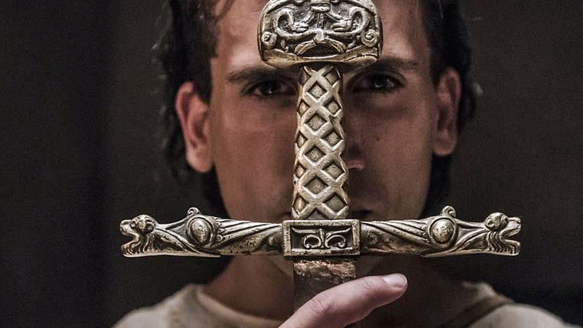 Jaime Lorente, en el papel  del Cid.