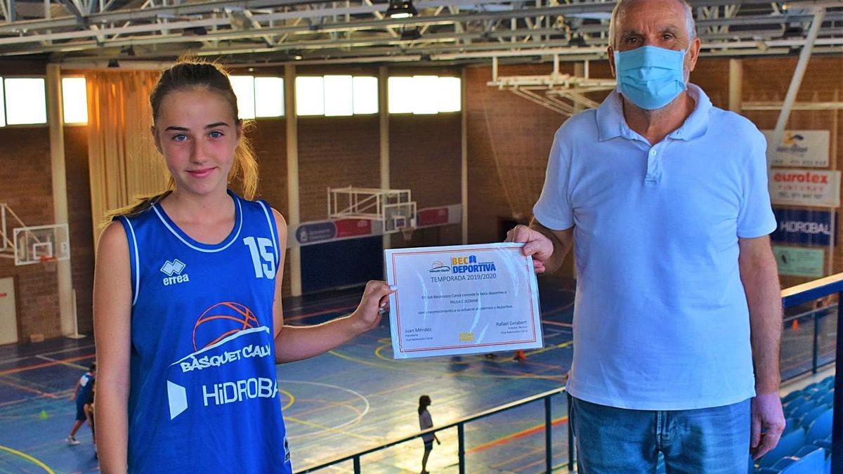 El Calvià concede su beca deportiva a Paula Colomar
