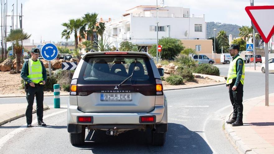 El Gobierno resuelve con sanciones 670 denuncias por incumplir el primer estado de alarma en Ibiza