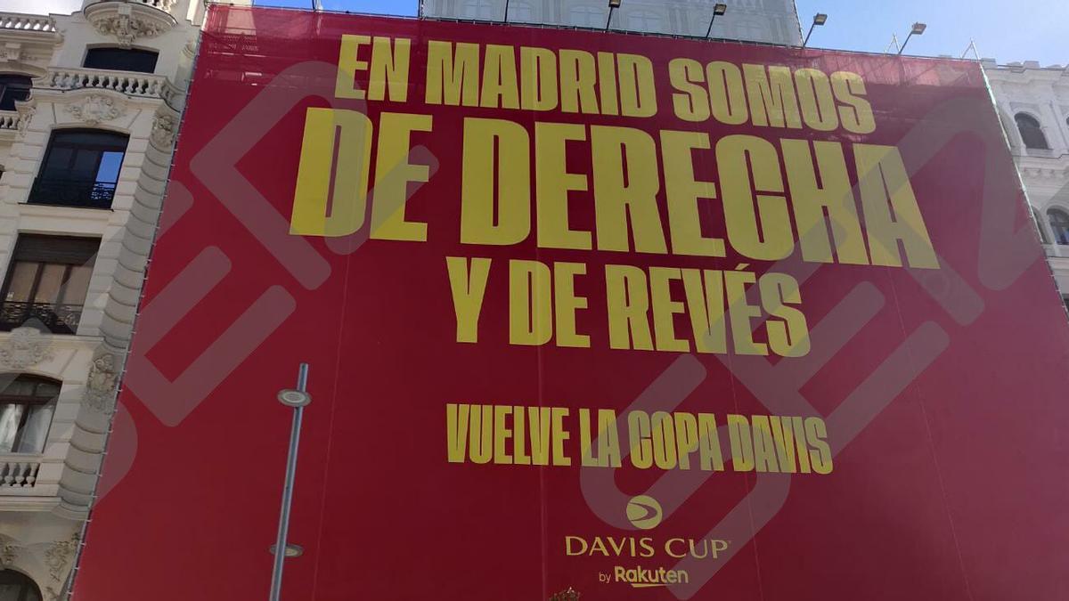 La pancarta per promocionar la Copa Davis.