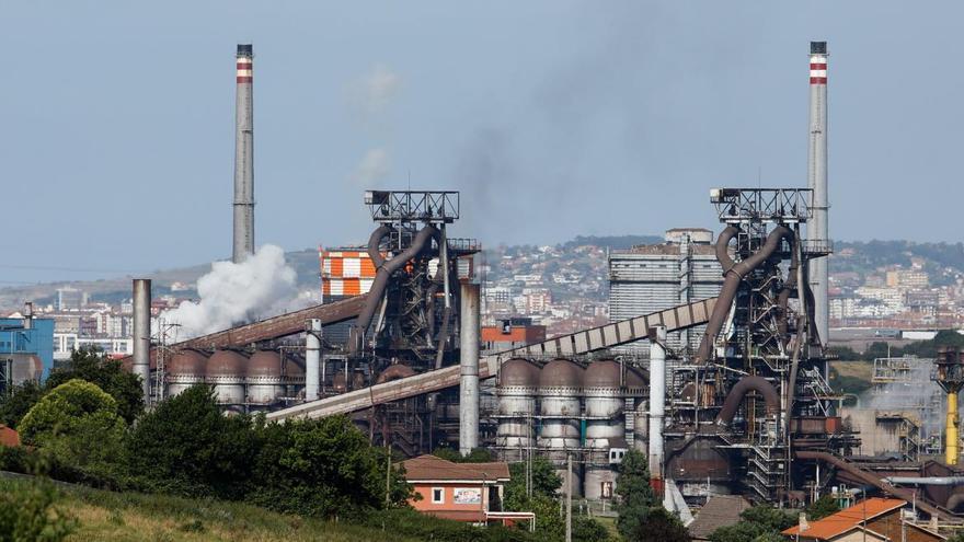 ArcelorMittal reducirá 23 empleos en su acería de Gijón por el plan de ajuste en el área de largos