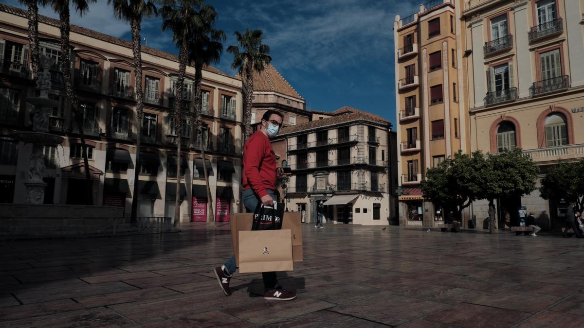 Vuelve la actividad comercial a Málaga capital