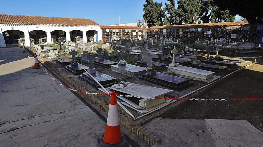 Los daños harán declarar en ruina tres zonas de los cementerios de Sagunt
