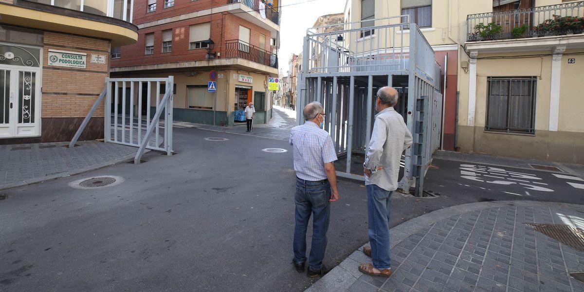 Almassora monta los cadafals para los 'bous al carrer'
