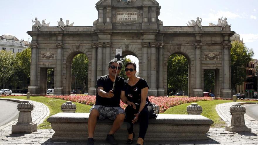 Los gallegos (y demás españoles) que viajen a Madrid a partir de julio pagarán la mitad de su estancia