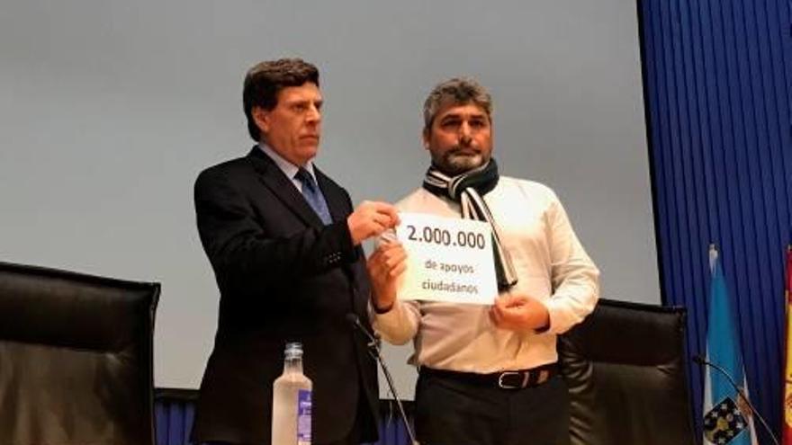 Els pares de Diana Quer i Mari Luz Cortés presenten 2 milions de firmes en suport a la presó permanent