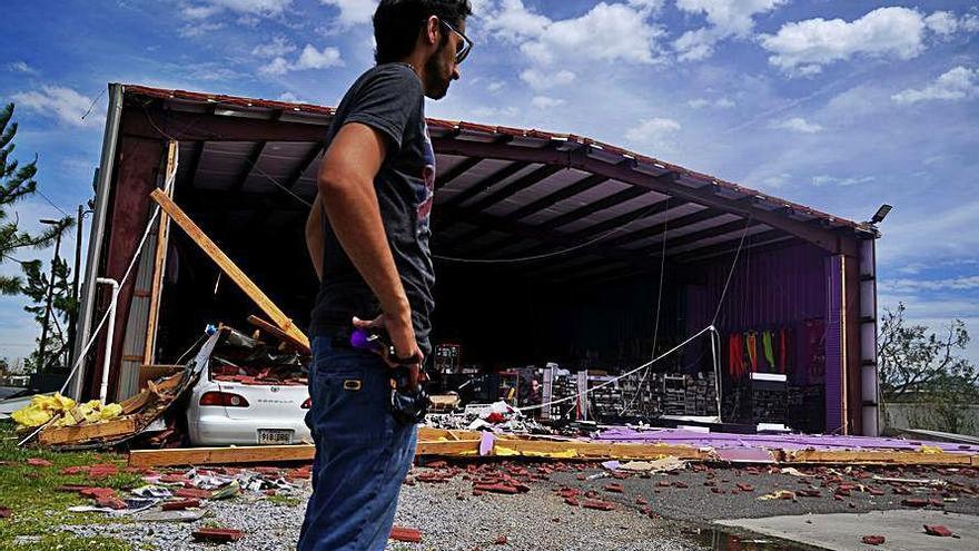 """Al menos cuatro muertos en Texas y Louisiana tras el paso de """"Laura"""""""