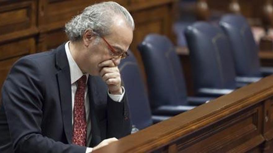 Morera dejó facturas impagadas en Sanidad por más de 240 millones