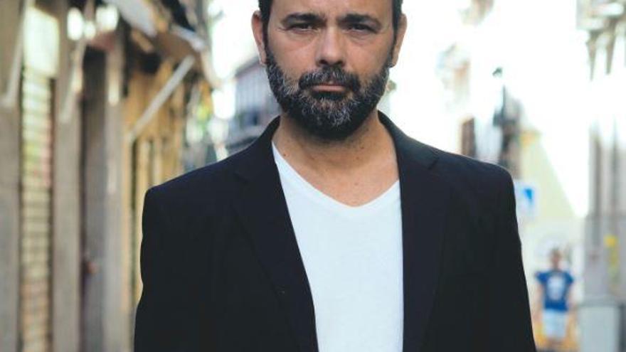 Sergio Villanueva presenta «El secreto de los nocturnos»