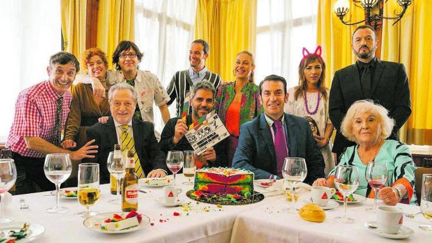 Ernesto Sevilla dirige la película basada en la serie 'Camera café'