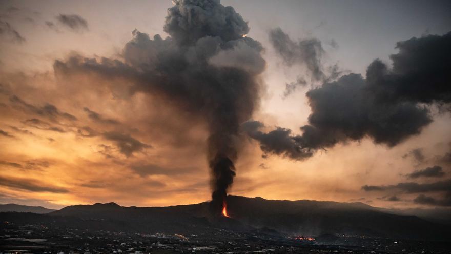 Los vulcanólogos prevén que la ceniza de La Palma llegue hoy a la provincia de Alicante