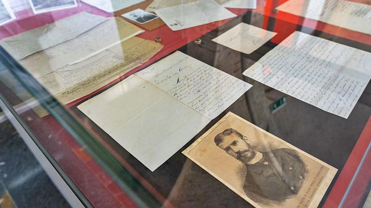Exposición conmemorativa del 170 aniversario del nacimiento de Isaac Peral.