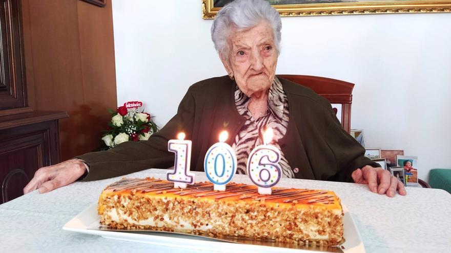 María Amella Colomina, de Tamarite de Litera, celebra sus 106 años como una de las altoaragonesas más longevas