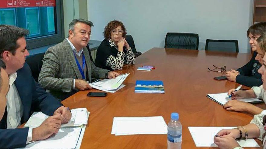 El alcalde de Xàbia pide en Madrid cambios legales para que los ayuntamientos recuperen operatividad