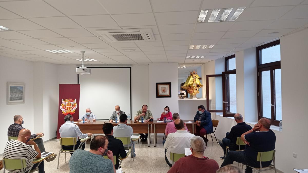 El alcalde y Jaume Bohigues en la reunión de presidente del pasado lunes.