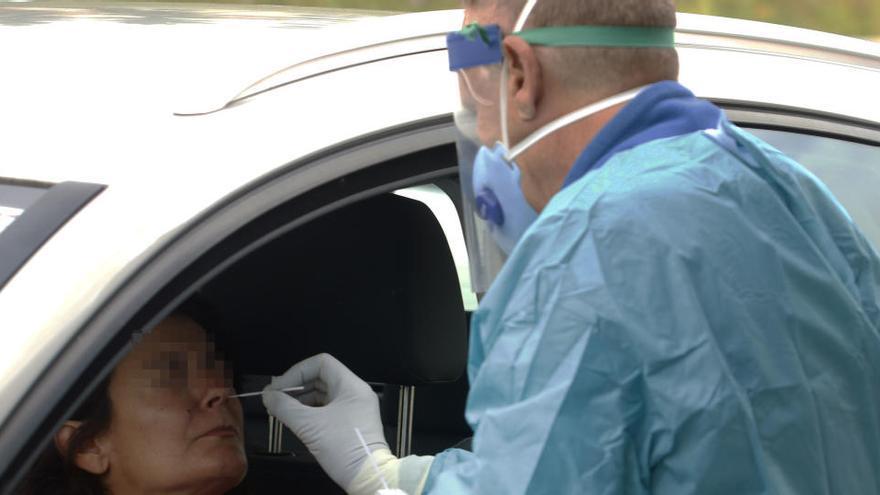 "Un infectólogo Hospital del Mar de Barcelona avisa: ""Nos quedan 6 meses malos"""