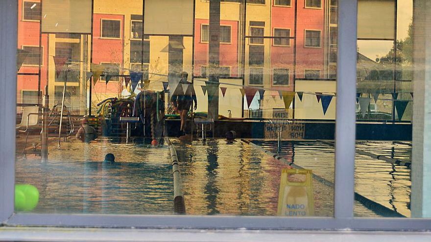 Moaña lleva a pleno el pago de 44.570 euros a la piscina por el cierre por el COVID