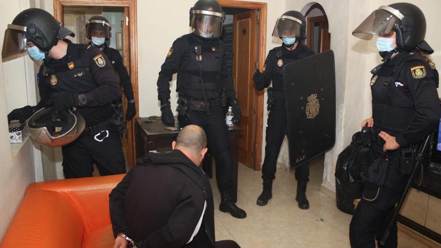 """Desmantelan un """"supermercado"""" de la droga en el centro de Murcia"""