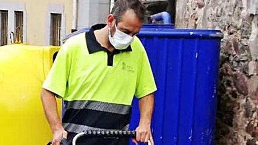 Nueva maquinaria para la limpieza vial en Candás