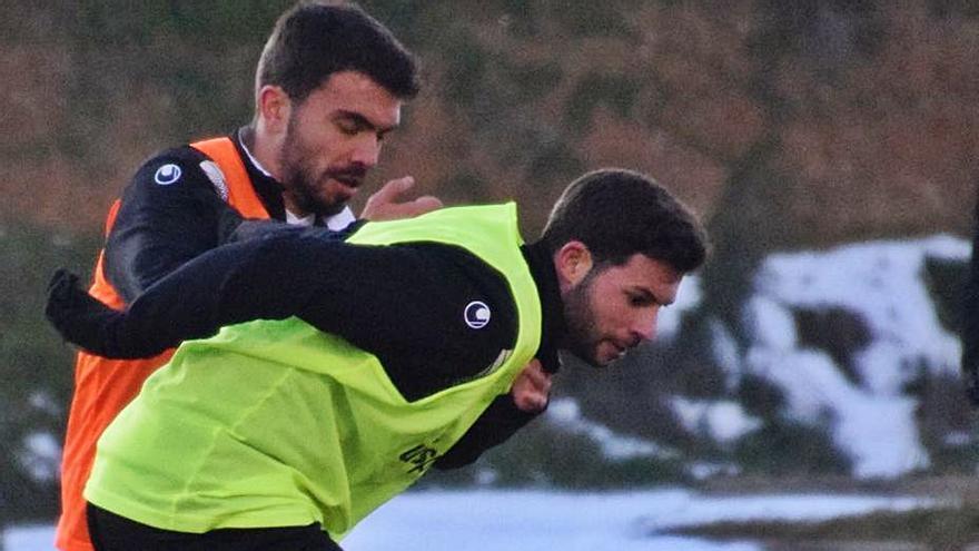 """Asiel Mateo, jugador del Zamora CF: """"Este equipo no se rinde nunca y lo demuestra"""""""