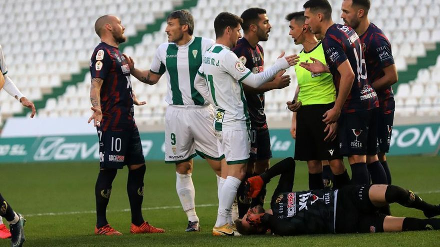 El Córdoba CF, otra vez a cuadrar cuentas