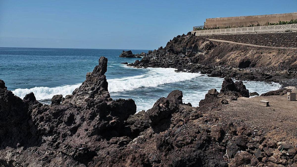 El Parlamento de Canarias aprobó ayer una PNL sobre el puerto de Fonsalía, previsto en esta zona de Guía de Isora. | | E.D.