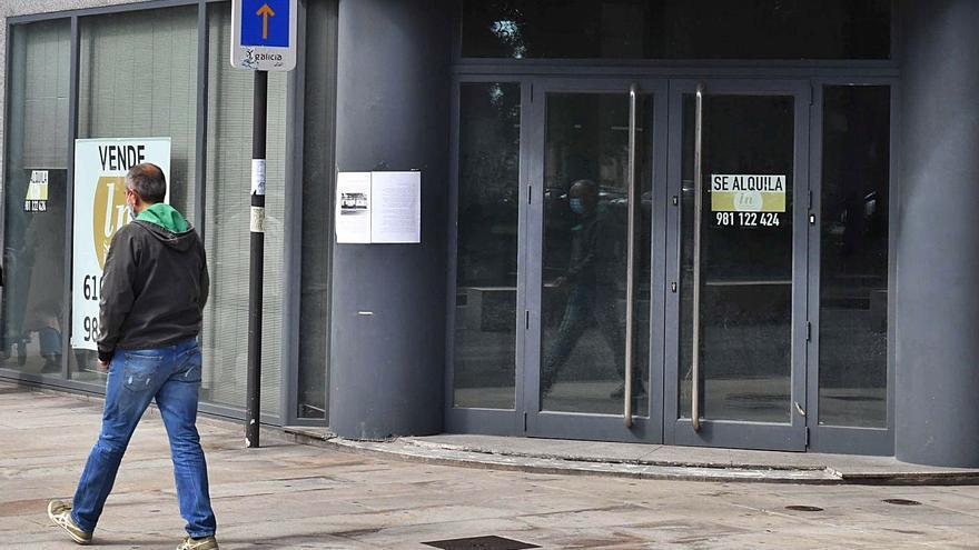 El cierre del 33% de las sucursales bancarias en seis años deja una por cada 2.100 habitantes