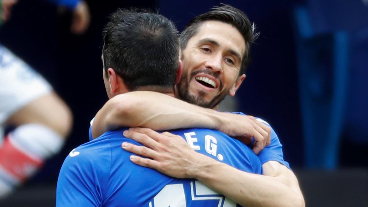 Los jugadores del Eibar celebran uno de los tantos de Kike García