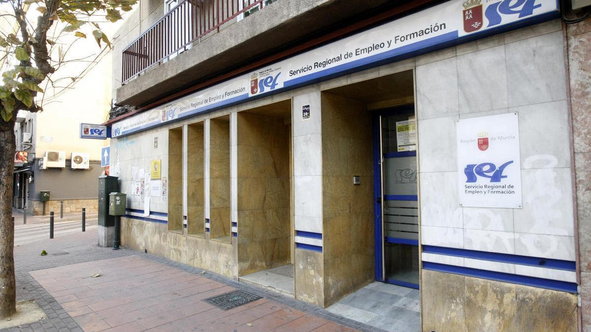 Oficina de empleo en la capital murciana.