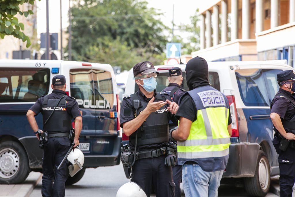 Intervención policial. Menudeo, gallos y tortugas en Ministriles, Lorca-3613.jpg