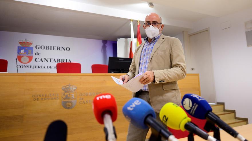Cantabria se aferra al toque de queda para intentar contener el descontrol de los botellones