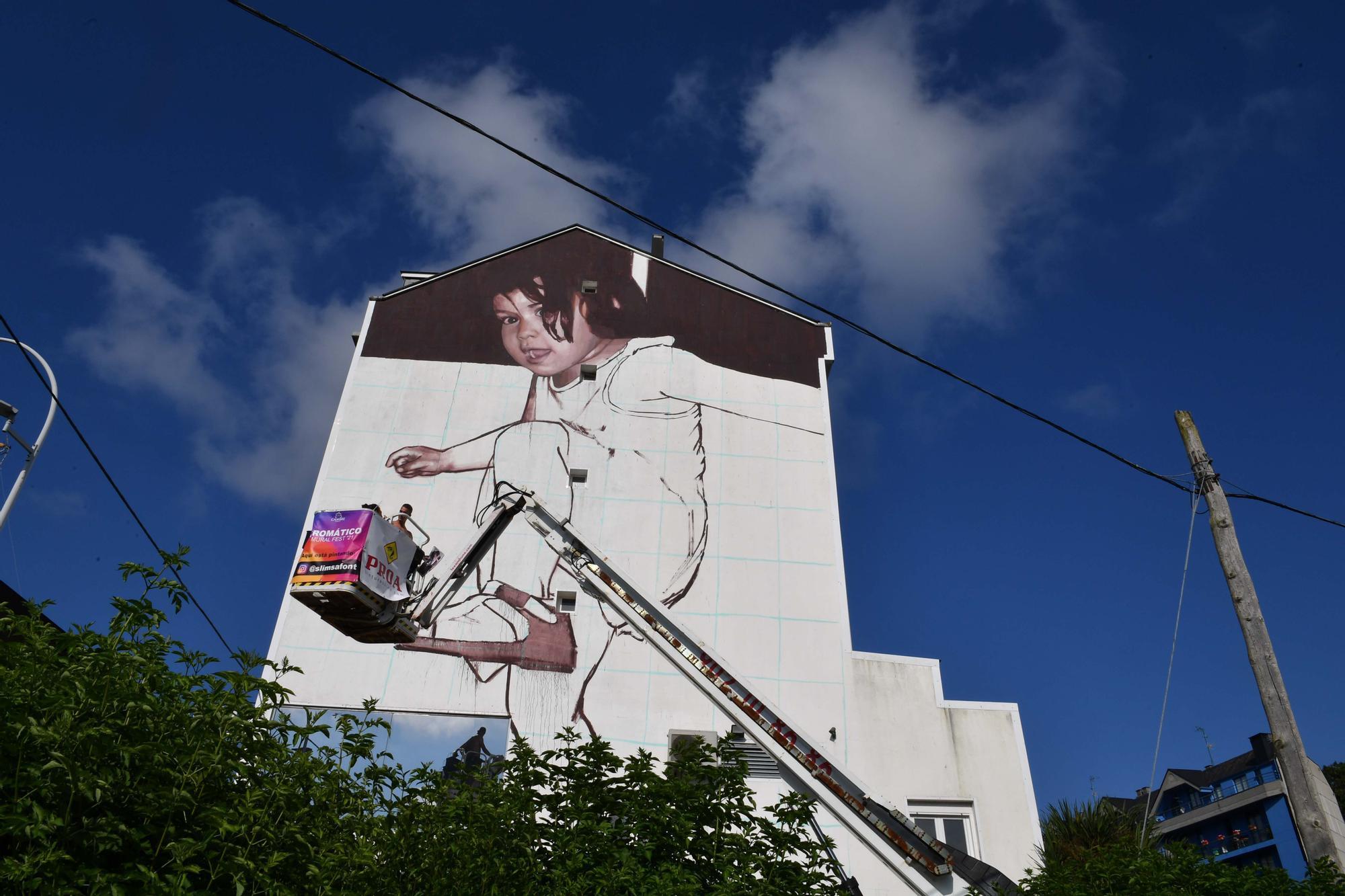 Las fachadas de Cambre se llenan de color con el Cromático Mural Fest