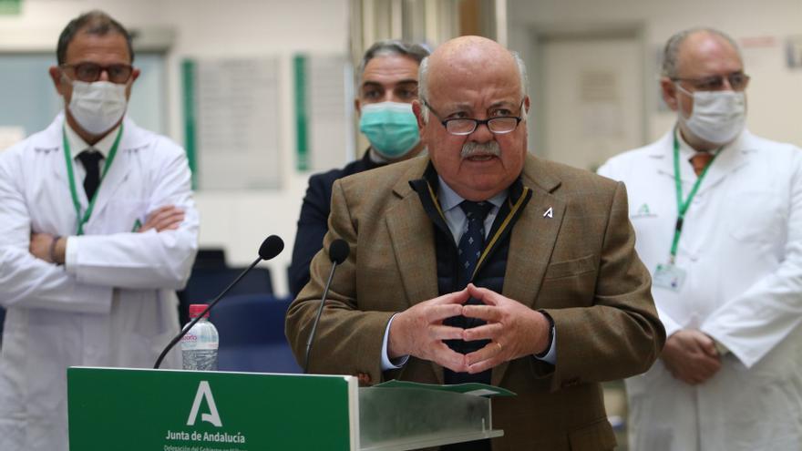 """Aguirre es """"optimista"""" en poder abrir """"un poco el grifo"""" y eliminar los cierres perimetrales"""