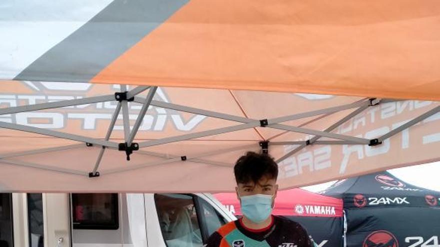 Víctor Sáez acaba entre los 25 primeros en el Campeonato de España de Motocross