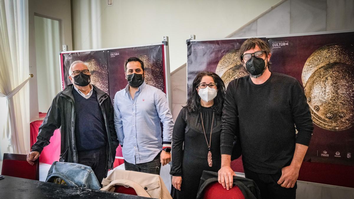 Miguel Murillo, Pero Luis López, Nuqui Fernández y Chema Pizarro, ayer, en el López.